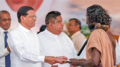 No room will be left for the collapse of the government – President
