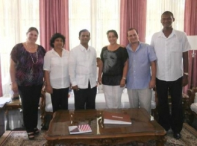 Ambassador meets with Cuban Delegation for WCY 2014