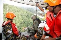 SLAF assists flood victims_6