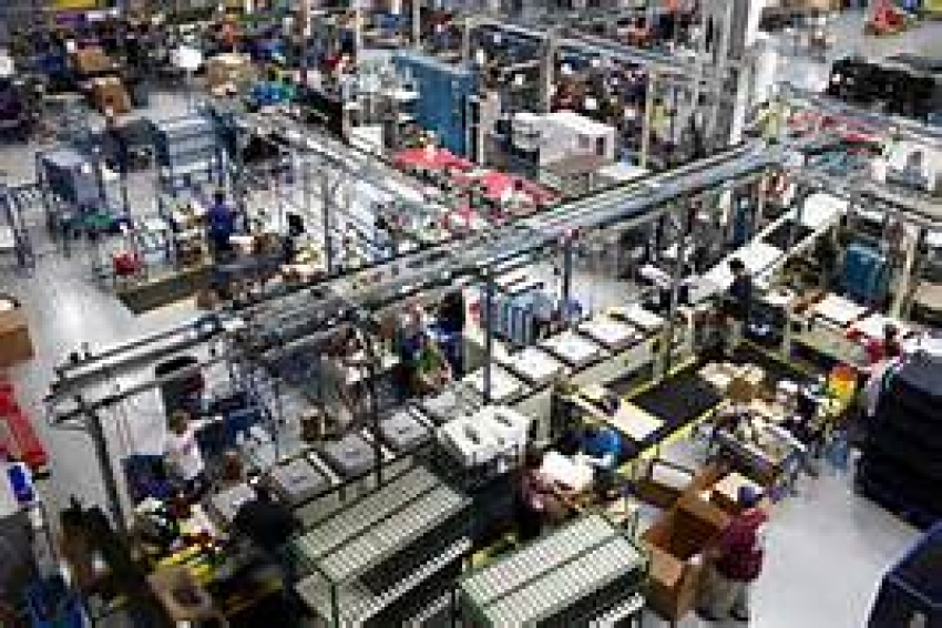 Manufacturing activities, services sector growth up
