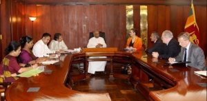 Bipartisan US Congressional Delegation holds discussions in Sri Lanka