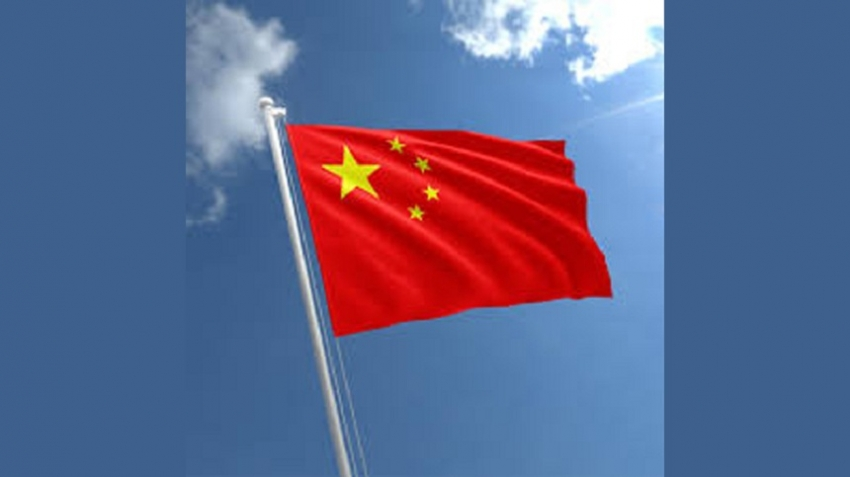 China relaxes travel advisory