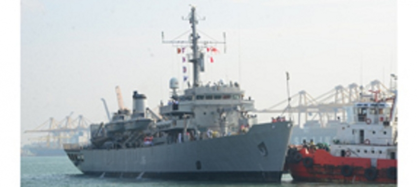 "Indian ship ""Jamuna"" departs the island"