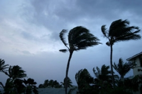 Sudden wind speeds over the island and sea areas
