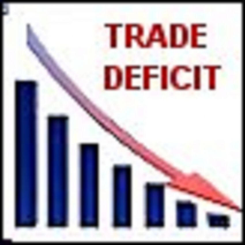 Trade deficit  contracts further in June