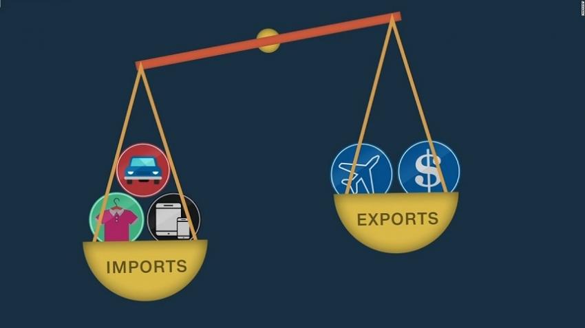 Trade deficit narrows in April