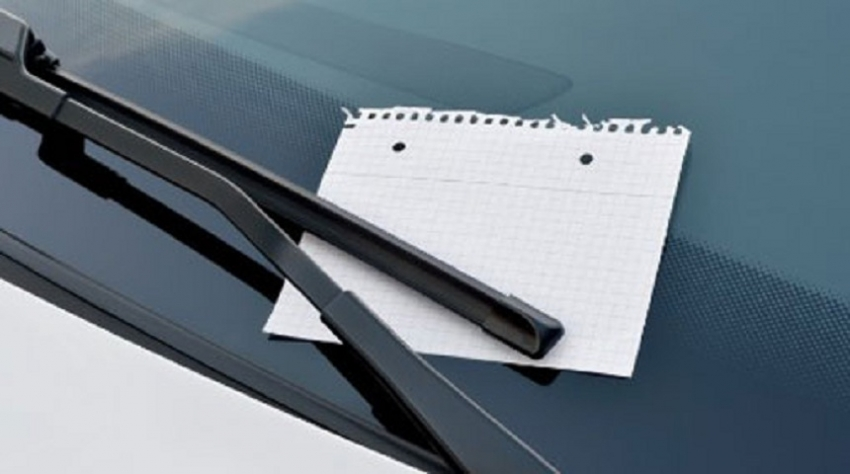 Display contact details on vehicles when parking