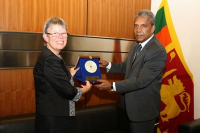 Canadian High Commissioner meets Secretary