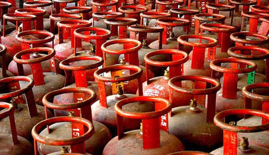 Prices of 5 Kg, 2.3 Kg gas cylinders also down