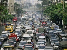 Govt to maintain database on unruly drivers