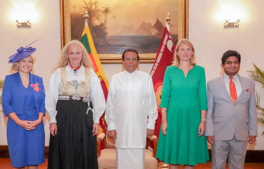 Three new envoys present credentials to President