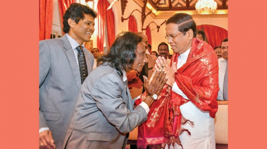 Singers' Association felicitates President