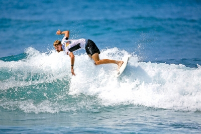 Surfing makes a splash in Hikkaduwa
