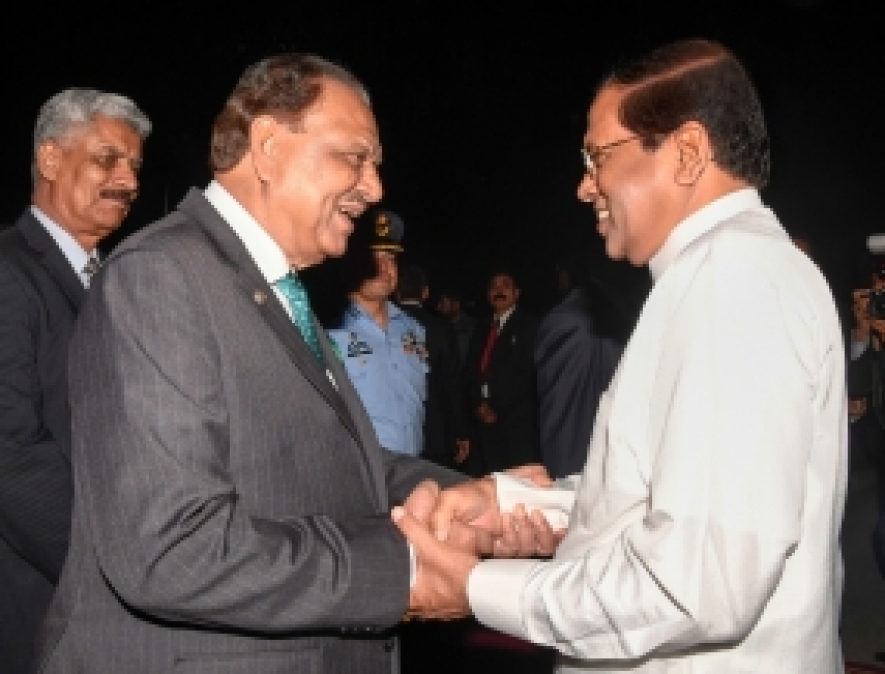 President Sirisena gets a warm reception in Islamabad