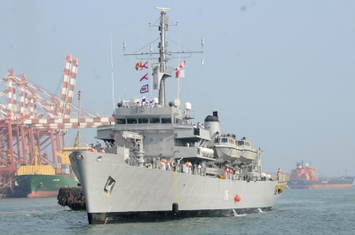 INS 'Jamuna' arrives at Colombo harbour