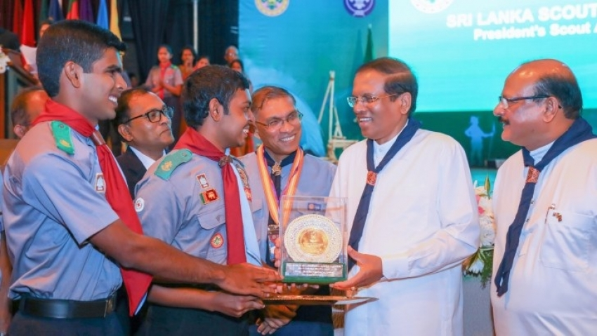 1195 scouts  received Presidential awards