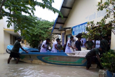 Exam centres in Kilinochchi inundated; Army to the aid of students