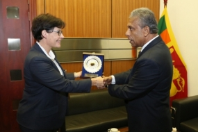 ICRC delegation meets Secretary