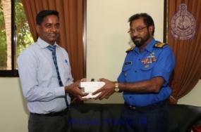 Navy donates 100 cataract lenses to Jaffna Hospital