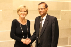 Minister Peiris holds bilateral discussions with Australian Foreign Minister