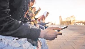 Social Media:Should we be worried?