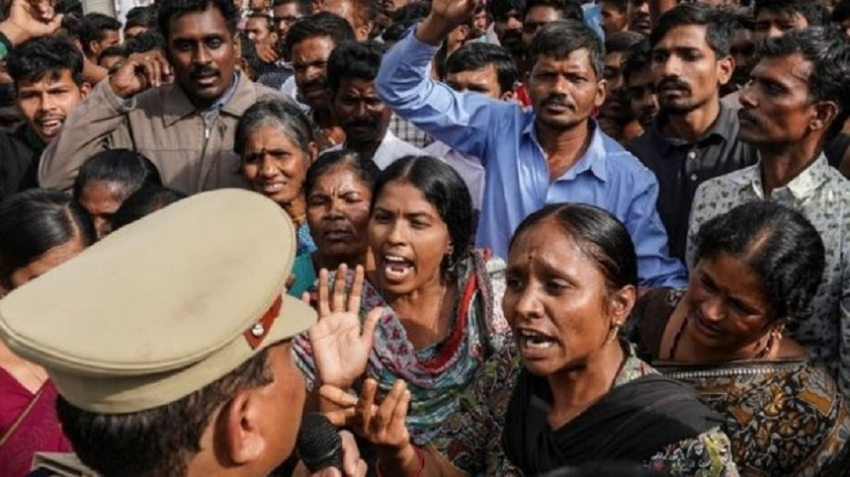 Police kill suspects in rape and murder of Indian vet