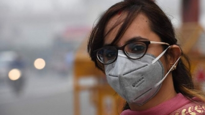Delhi air quality: Severe pollution prompts car rationing