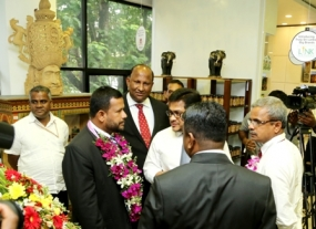 Around 40,000 Lankan arts and craftsmen join with Laksala