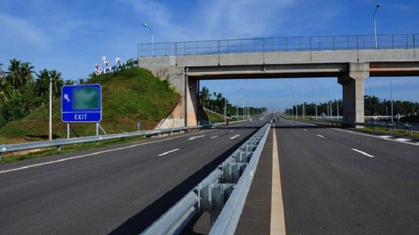 Southern Expressway extension to be open