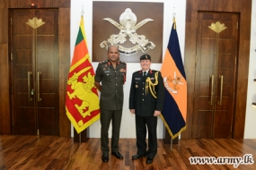 Canadian Defence Advisor Pays Courtesy Call on Commander