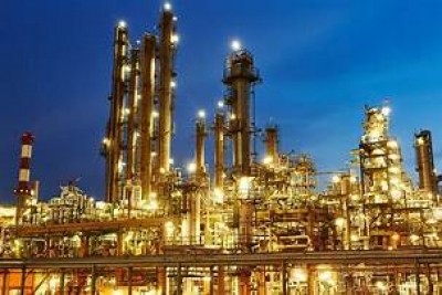 Iran agrees to build new refinery for Sri Lanka