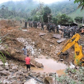 US extends help to Sri Lanka Landslide Victims