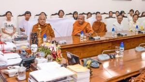 Thai buddhist delegation including Maha Nayaka Theros meets President