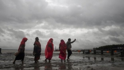 Cyclone Bulbul kills 13 across India and Bangladesh