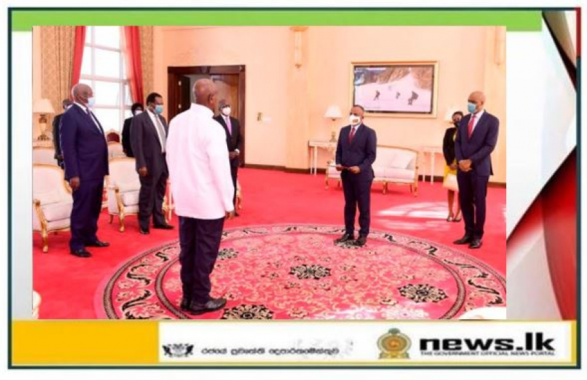 High Commissioner Kananathan presents Credentials in Uganda