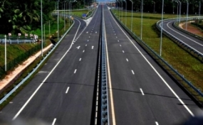 Southern Expressway inundated: Call 1969 for inquiries