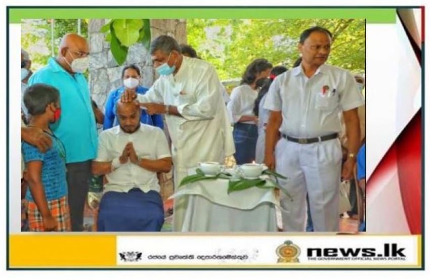 Oil anointing ceremony of North Central Province held at Anuradhapura Ayurveda Hospital premises
