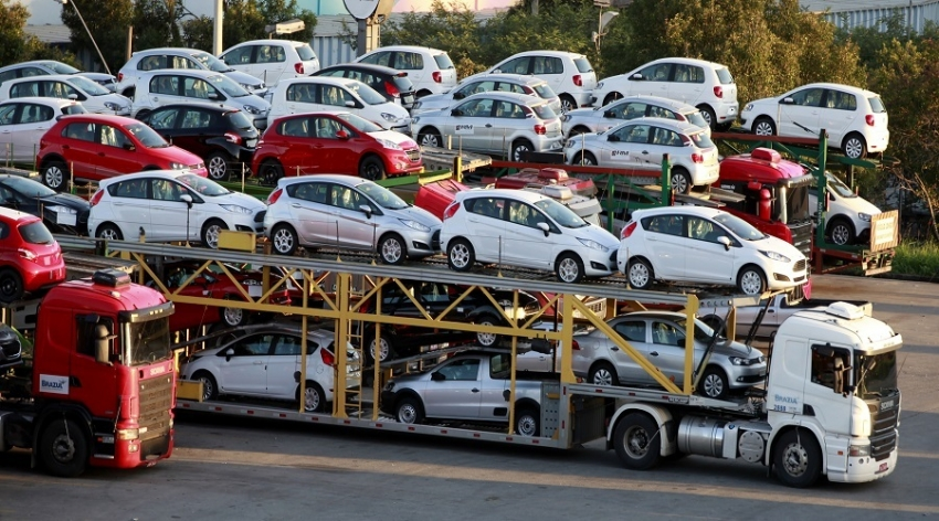 Vehicle registrations slow in May