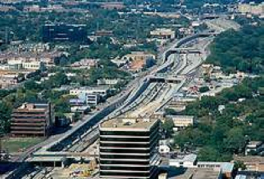 Central Expressway: second phase nearing completion