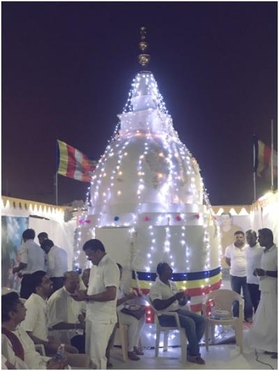 Sri Lankans in  Bahrain unveiled the Pinnacle of Buddhist Stupa