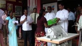 Minister distributes equipment for Samurdhi beneficiaries