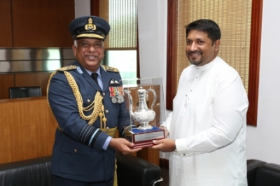Outgoing CDS meets the State Minister
