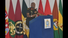 Army Commander Visits IPSOTS