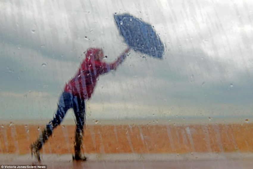 Rain and  gusty winds in some districts