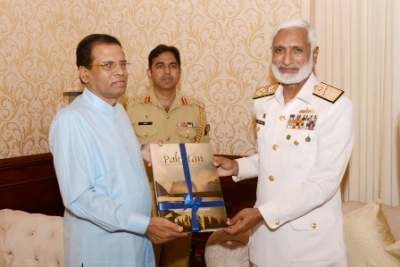 Pakistani Navy chief calls on President