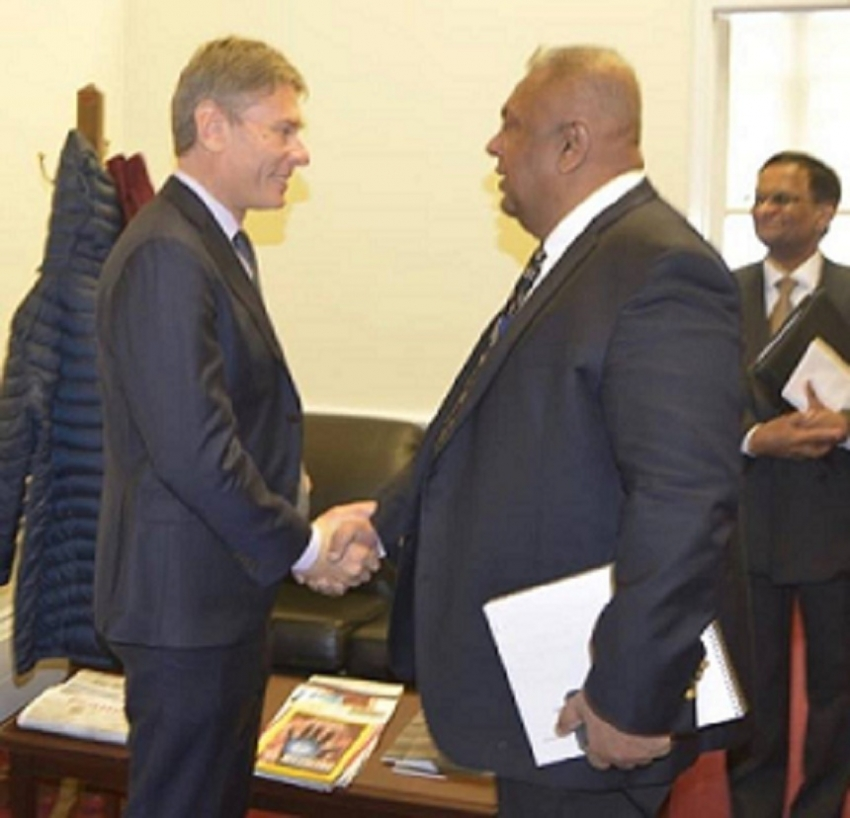 MINISTER BRIEFS  US DIGNITARIES ON  SL – US BILATERAL RELATIONS