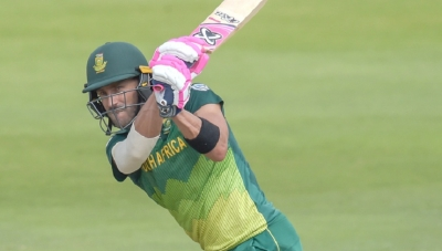Du Plessis stars in South Africa's win in first ODI
