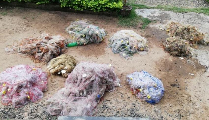 Navy recovers 09 unauthorized nets in Kannankuda lagoon area