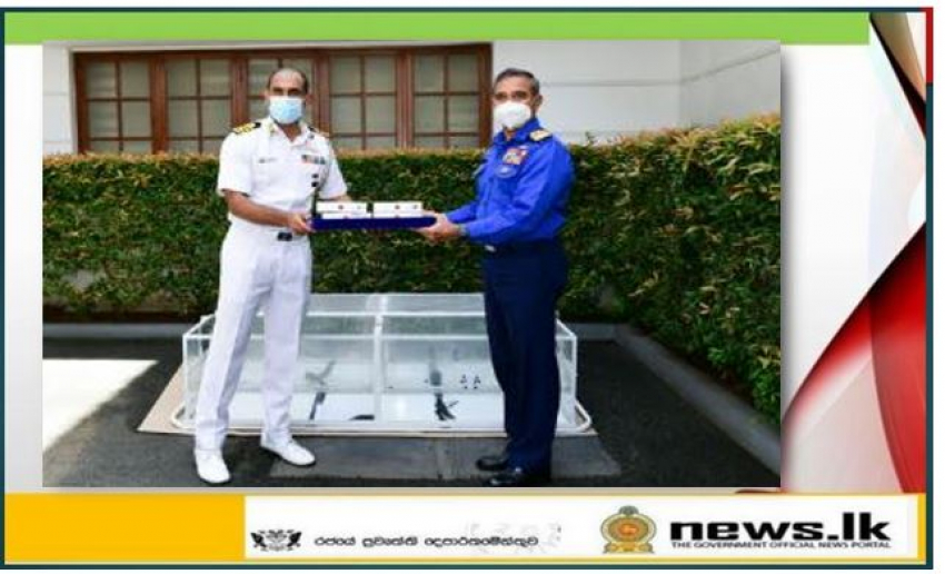 Indian Defence Attache donates medical equipment to Navy